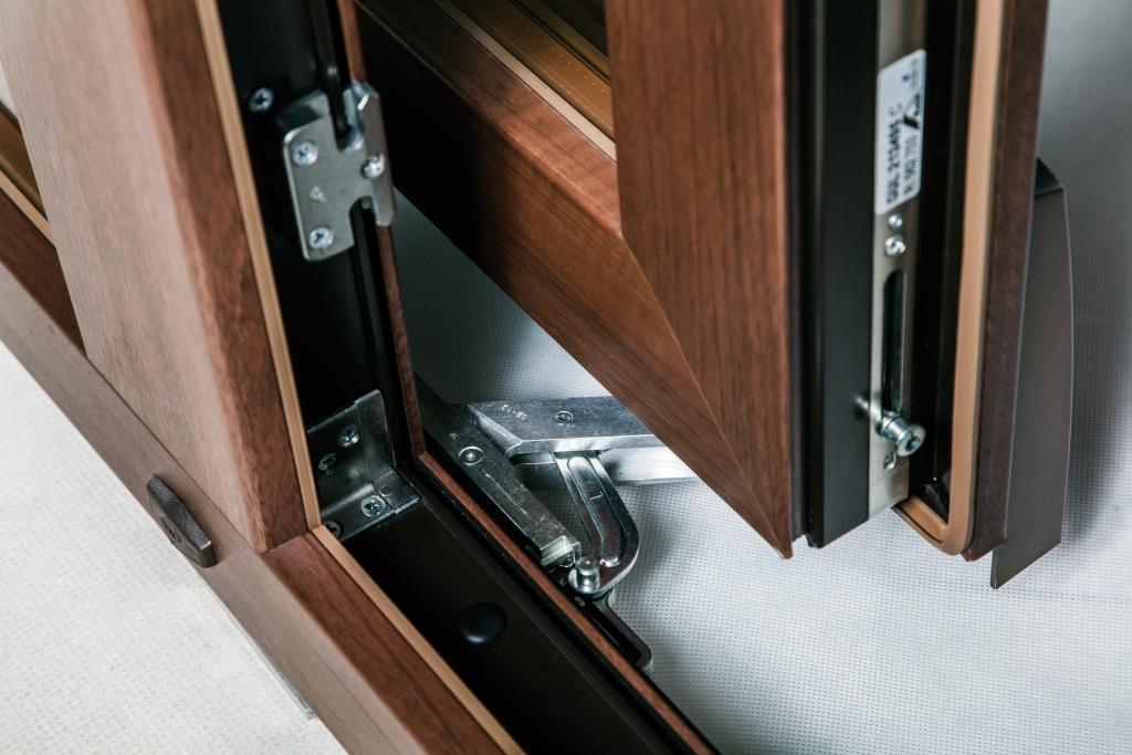 Porte finestre traslanti scorrevoli psk okna samoraj - Ferramenta porta scorrevole ...