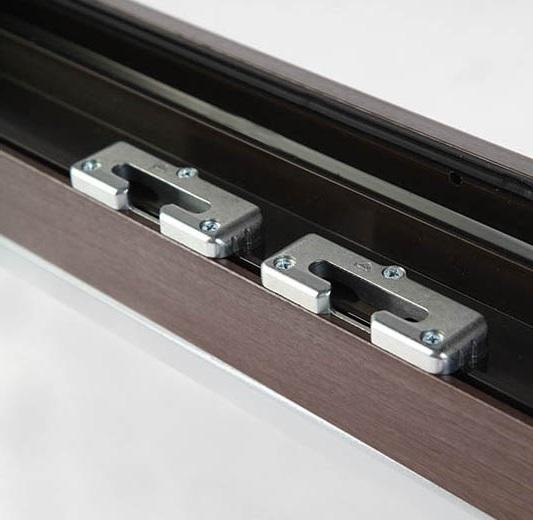 Okna Samoraj finestra PVC di serie dotati di 5 incontri anti-sollevamento