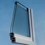 Okna Samoraj finestra PVC con veneziana interno vetro ScreenLine