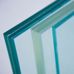 Okna Samoraj finestra PVC vetri antisfondamento e antinfortunio