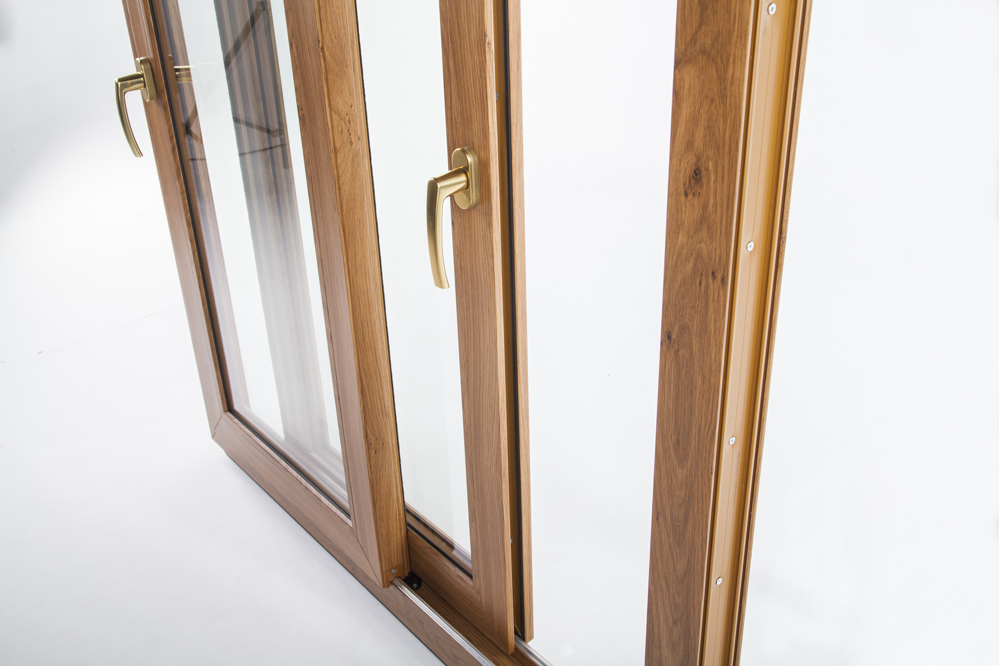 Okna Samoraj porta finestra scorrevole parallelo in pvc colore winchester